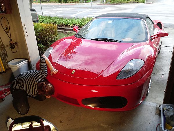 Car Touch Up Serena Working On Ferrari F430 Chipped Per